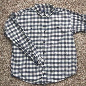 Patagonia button down shirt XL hiking fishing
